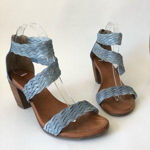 Sundance Bonaire Sandals 38 Blue Strappy Heels